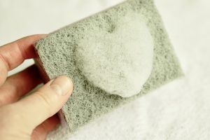 5 Best Ways to Clean Your Sponges